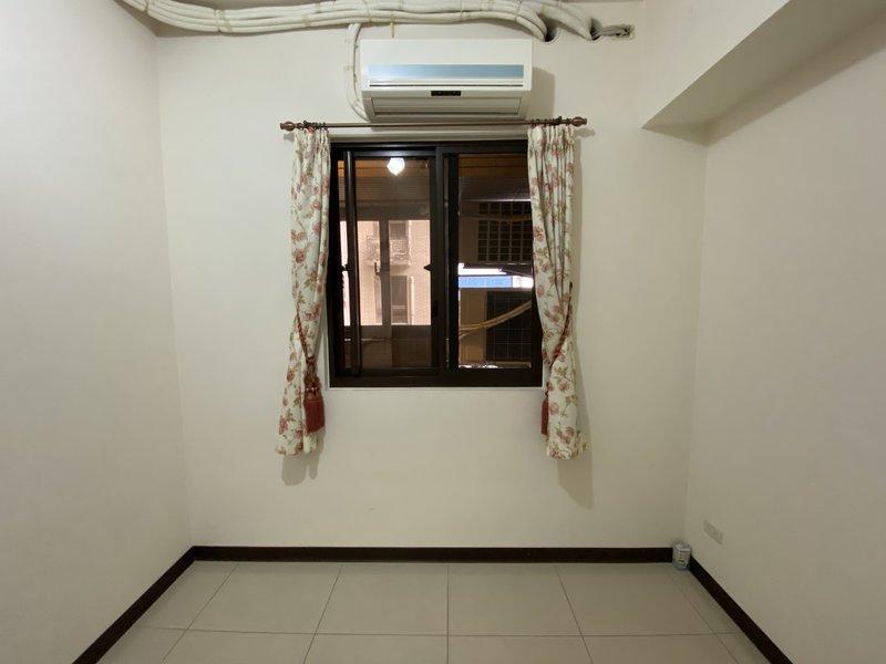 二號次臥室(2)